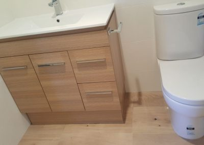 Ensuite using Birch Vanity in Fullarton