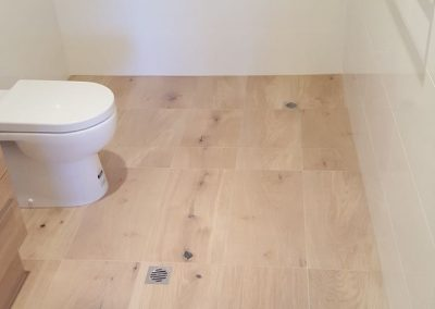 Ensuite using Lookalike Timber Tiles in Fullarton