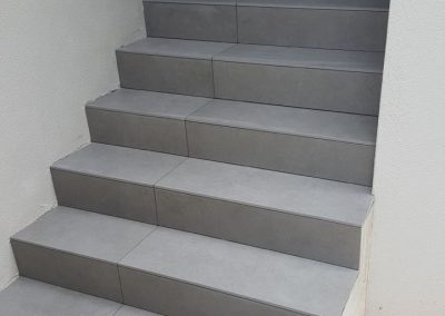 Tiling Staircase
